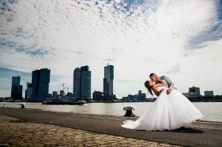 Urban-Trouwfotografie-TrouwenmetThomas-trouwen-in-de-stad-25