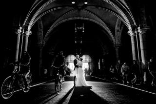 Urban-Trouwfotografie-TrouwenmetThomas-trouwen-in-de-stad-26