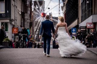 Urban-Trouwfotografie-TrouwenmetThomas-trouwen-in-de-stad-28