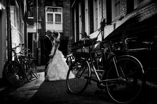 Urban-Trouwfotografie-TrouwenmetThomas-trouwen-in-de-stad-35