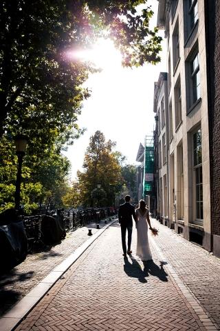 Urban-Trouwfotografie-TrouwenmetThomas-trouwen-in-de-stad-41