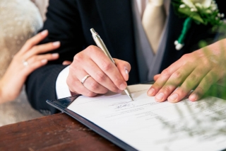 TrouwenmetThomas-Bruiloft-Wedding-HetWestIndischHuis-Westerliefde-Amsterdam-RyanEmilie-18
