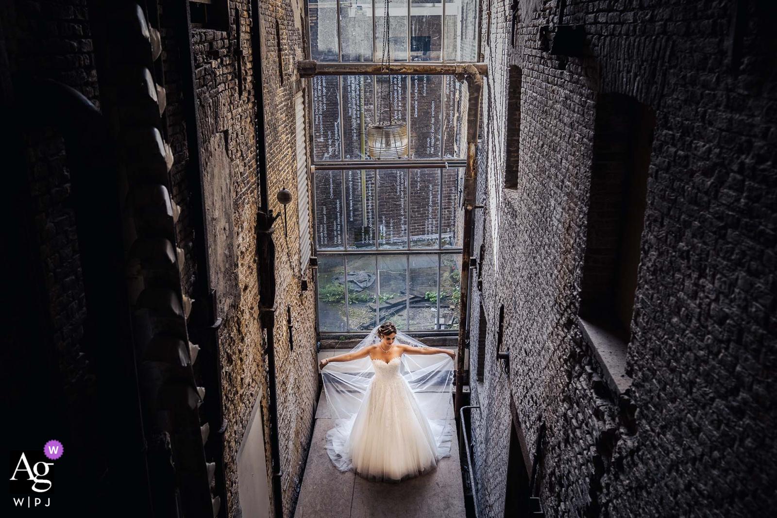 Bruid bij de Sodafabriek